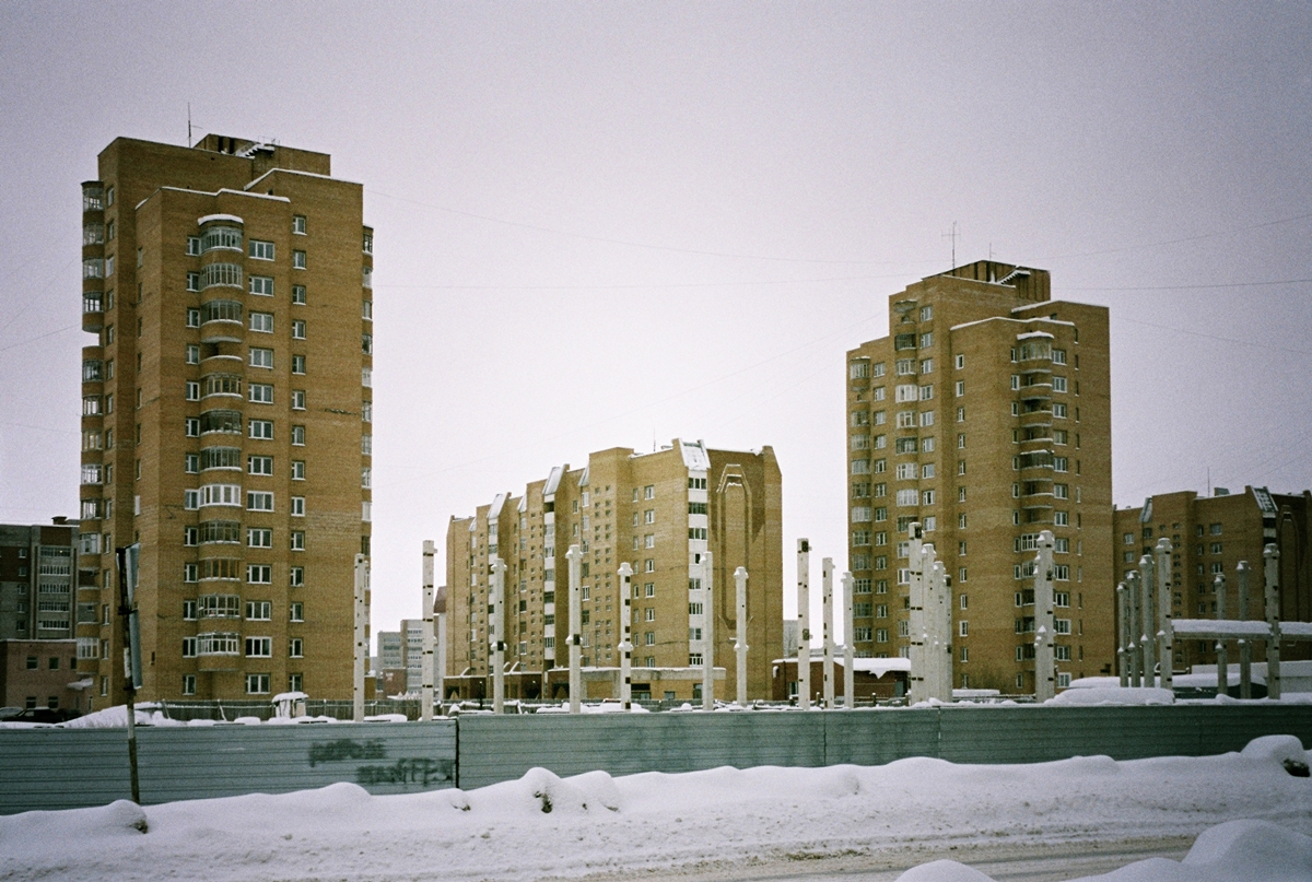anton_sokolov_nenastoyaschaya_rodina_12